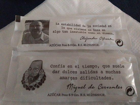 Detalle De Las Frases Que Venían En Los Azucares De Mesa