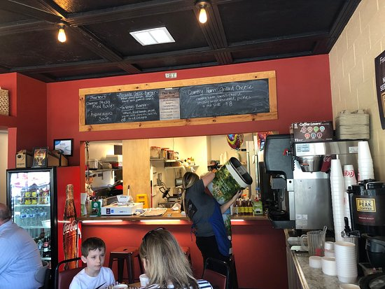The Dive On Augusta Greenville Restaurant Reviews Photos