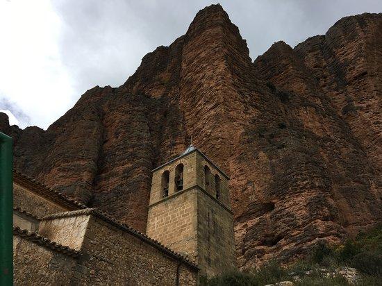Mallos de Riglos: En esta parte también hay escaladores