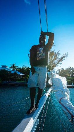 Sonnenuntergang Segeln Sie an Bord des Good Ship Atabeyra: First Mate!
