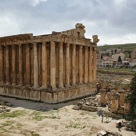 Li Băng: A pleasant trip to the temples of Baalbek with a couple from the Czech Republic
