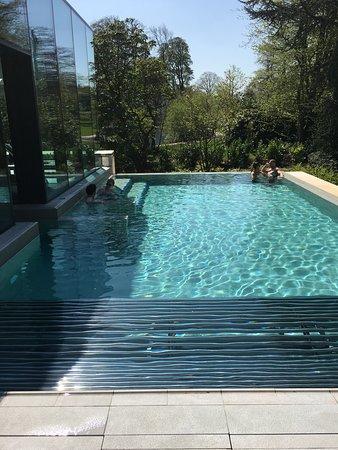 Rof top pool