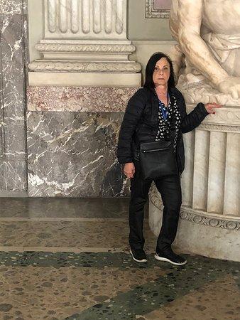 Reggia di Caserta: בתוך חדרי ארמון קזרטה