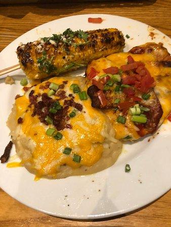 Somerset, MA: Chili's
