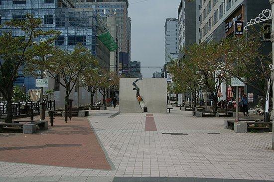 Rha Hye Suk St.: 나혜석거리 전경