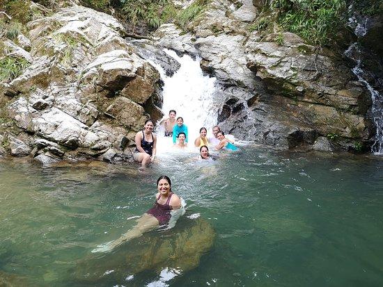 El Doncello, Colombia: empezamos a ascender e interactuar con las cascadas