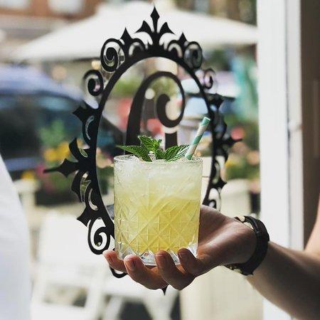 Drawl: Drawl Cocktail