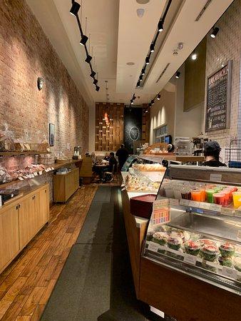 Takahachi Bakery: Inside