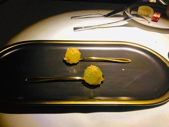 The View 3912: Elegant appetiser