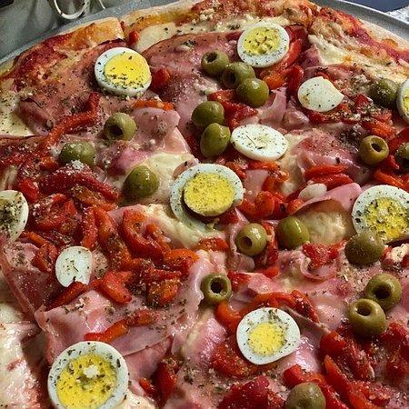 Alberto's Restarurant and Pizzeria 사진