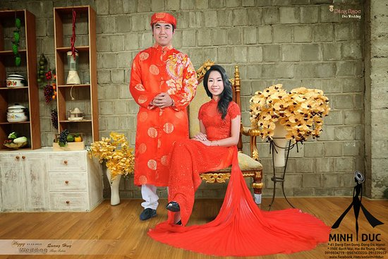 Ao dai Minh Duc - Vietnam Tradition Costume