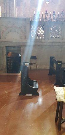 Basilica di San Pietro in Ciel d'Oro: INTERNO
