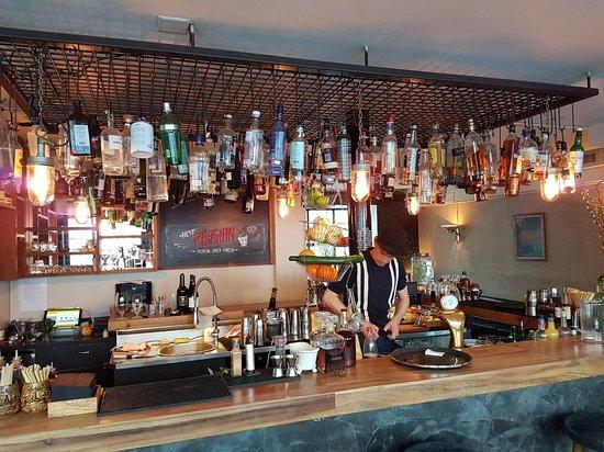Raygrodski Bar