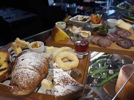 La Cambora: colazione/ brunch pasquale