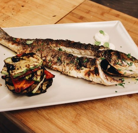 Seafood Tavern Aggelos: Fish days are our favorites