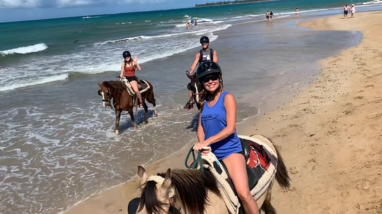 Luquillo Beach Horse Ride from Carabalí Rainforest Adventure Park: You have to try this!