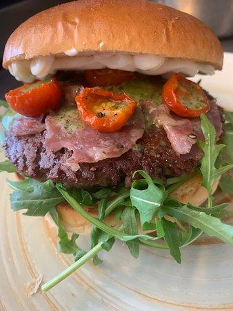 Smashing burger, tastes as good as it looks:)