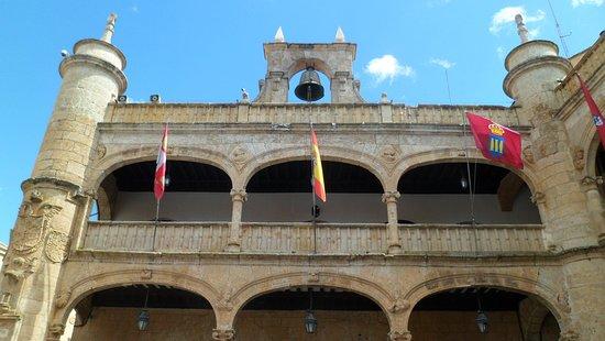 Exterior del Ayuntamiento.