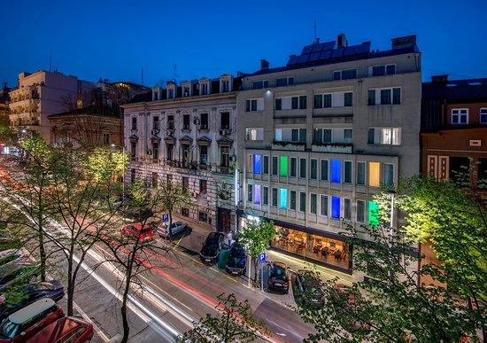 Belgrade Inn Garni Hotel