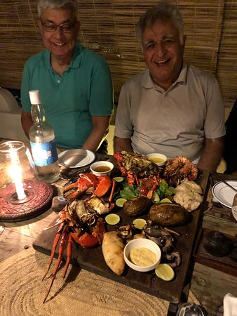 Kijani Rooftop Restaurant & Bar: Great Place - Chilly Crab and Seafood Plater is love