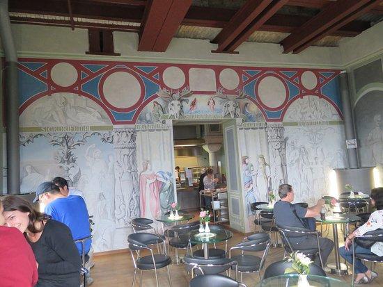 Schloss Neuschwanstein: お城内のカフェ