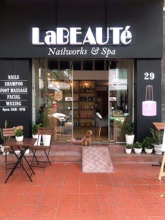 LaBEAUTé Nailworks & Spa