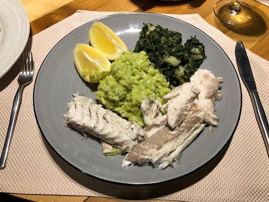 Seebarsch mit Risotto und Gemüse