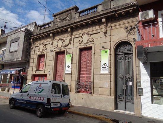 """Museo Arqueológico """"Prof. Manuel Almeida"""""""
