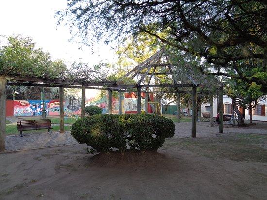 Plazoleta Carlos Gardel