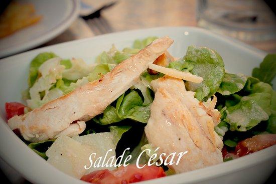 A déguster, chaque jour un menu différent composer d'une entrée, d'un plat, d'un dessert, mais aussi de formules sandwichs + boisson