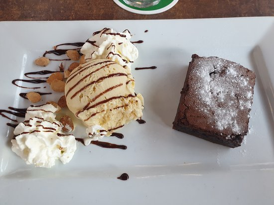 Home made Chocolate brownie (délicieux)