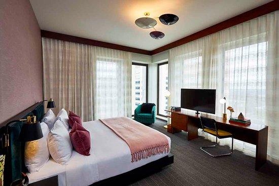 Interior - Fairlane Hotel Photo