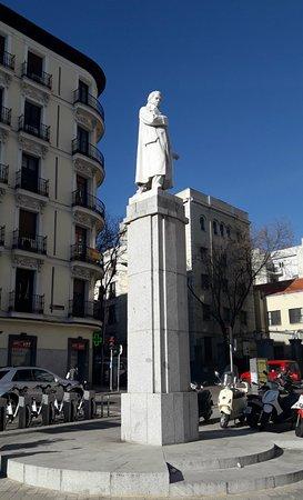 Monumento a Agustín Arguelles