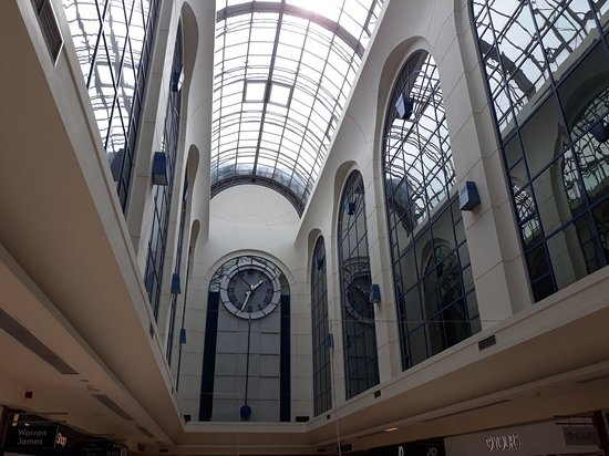 Sovereign Shopping Centre