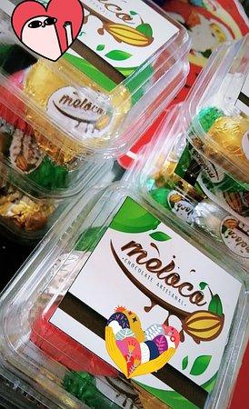Tarapoto, Peru: 🌈⭐El secreto de fabricación de Chocolate🍫😍 se basa en la selección de las mejores semillas de cacao. 😍 Descubre el sabor del placer¡🍫😍con Melocó¡¡ #tradiciondeplaceryfelicidad 🌈🍫 Contactanos y separa los tuyos¡🍫😊😘