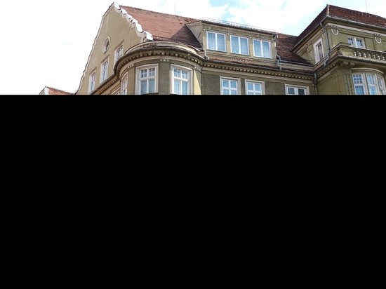 Dracula's Castle and Transylvania Day Trip from Bucharest: Brasow