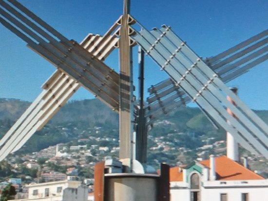 Monumento Alusivo AO 58º Aniversario DA Forca Aerea