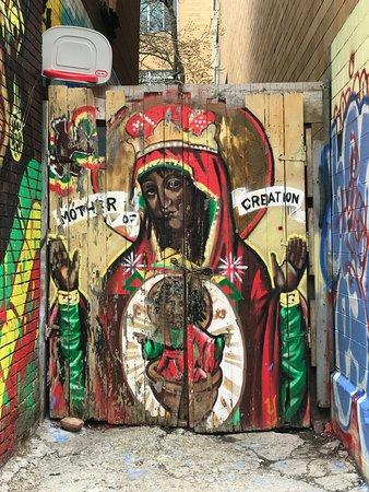 Kensington Market: Street Art