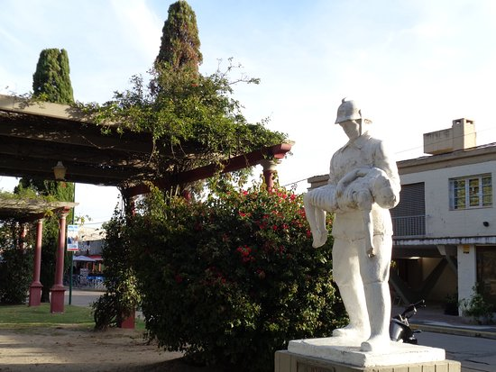 Monumento al Bombero Voluntario