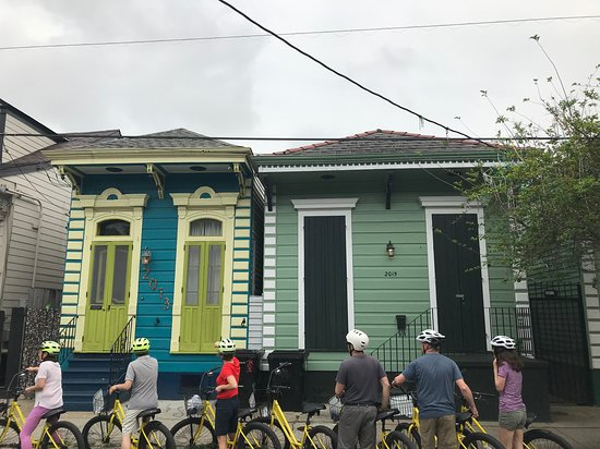 "‪‪New Orleans French Quarter and Garden District Bike Tour‬: ""Shotgun"" house architecture ‬"
