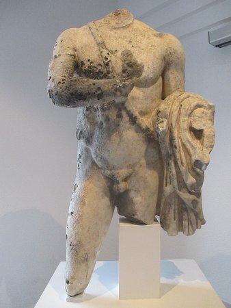 Statua romana del guerriero