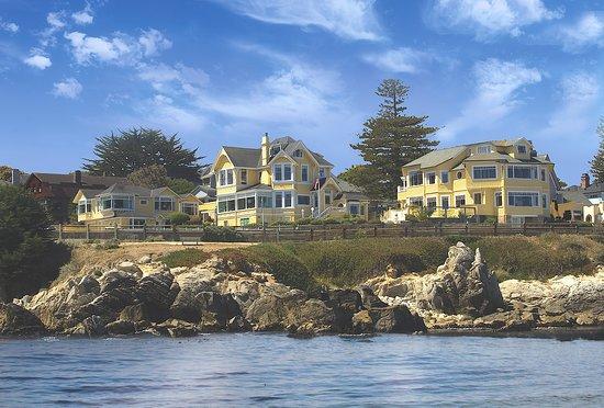 Seven Gables Inn-Oceanfront Inn