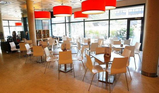 Travelodge Madrid Torrelaguna: Bar Cafe