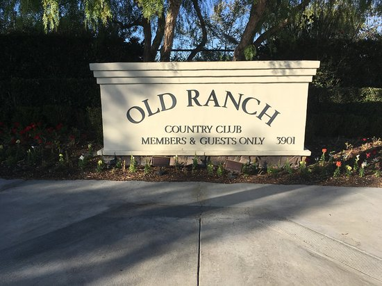 Road side Logo to Old Ranch country club.