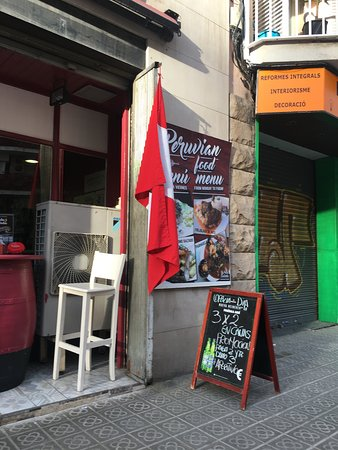 Pata Salada: not very fancy entrance, yet pricy dishes