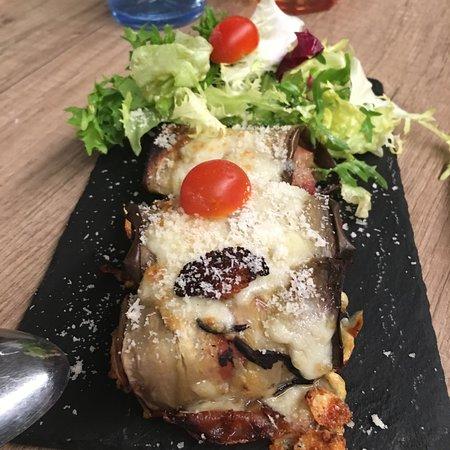 Cochina Miseria: Rollitos de berenjenas con jamón ibérico