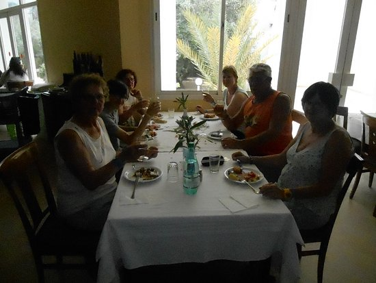 La Salle, Colorado: restaurant le midi en famille