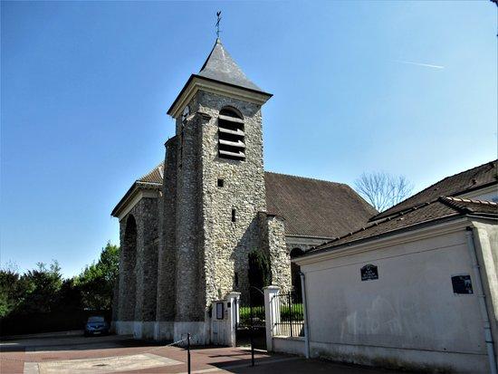 Vaujours, ฝรั่งเศส: L'église