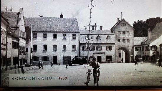 Ausstellung in der Bibliothek !  100 Jahre Marienplatz Dingolfing!!