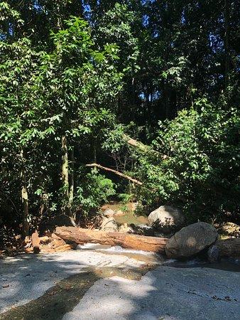 Cachoeira da Gruta do Dr. Magarinos